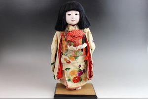 東光作市松人形・女の子 縮緬着物
