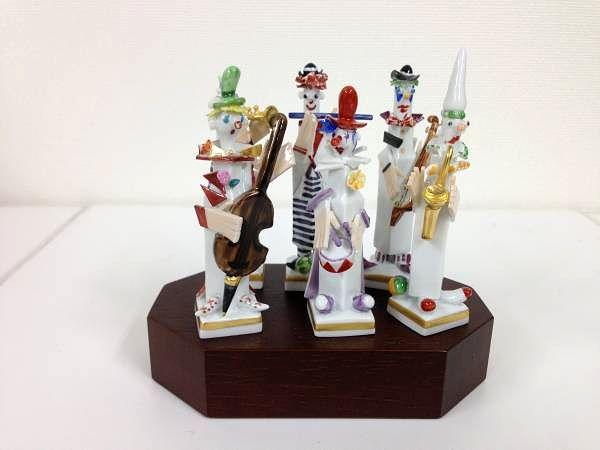 マイセン ペーター・シュトラングデザイン ミュージッククラウン人形