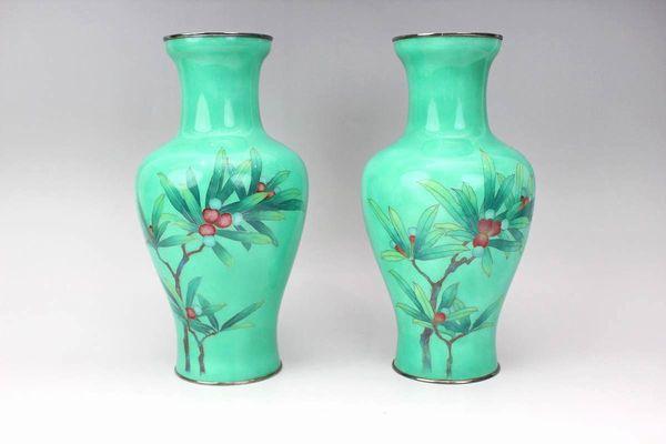 安藤七宝 南天図花瓶一対 高さ24.5cm