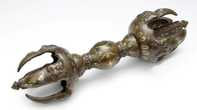 銅製金象嵌入り仏具・五鈷杵