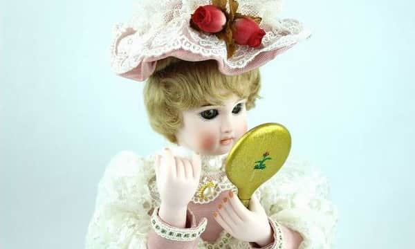 いくさ工房のオートマタ『化粧する貴婦人』