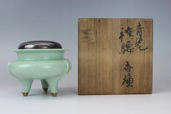 初代・諏訪蘇山作 青磁袴腰香炉