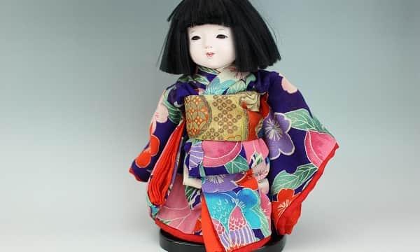 味岡映水の市松人形(女の子)