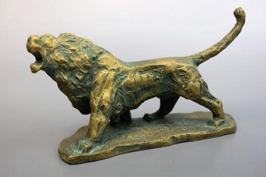 北村西望作 獅子のブロンズ像