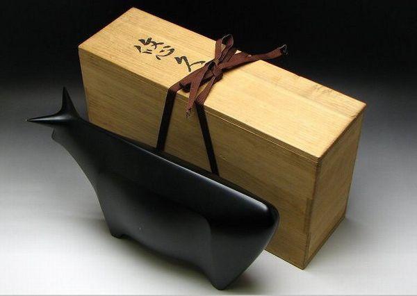 平松宏春作オブジェ『悠久』