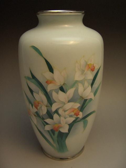 七宝焼 百合の図花瓶