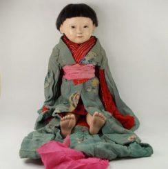 男の子の市松人形