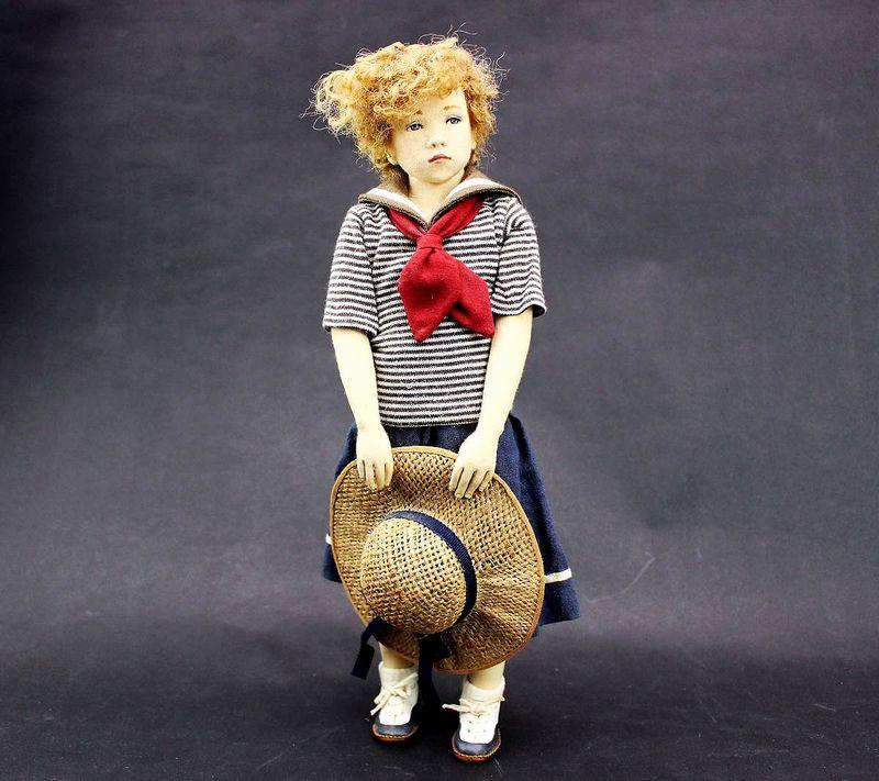 小林美枝子 創作人形 麦わら帽を持つ女の子 32cm