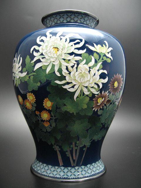 七宝焼 紺釉菊図花瓶