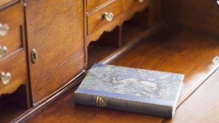 骨董品と本