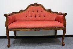 ロココ様式のソファ