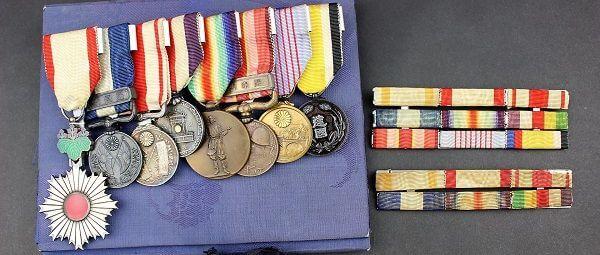 勲章と付属品