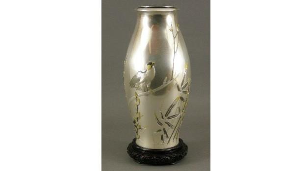 純銀製鳥図花瓶